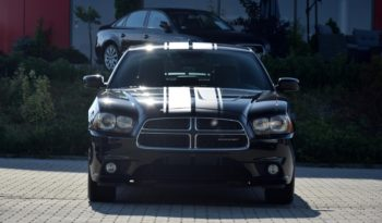 Dodge Charger Hemi V8 full