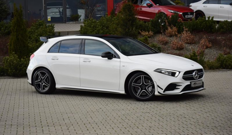 Mercedes-Benz A35 Compact Saloon full