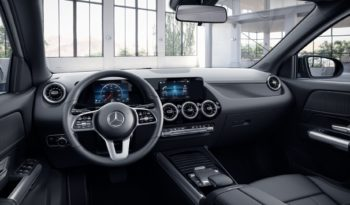 Mercedes-Benz GLA 220d full