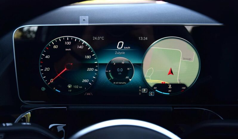 Mercedes GLA 250 4Matic full